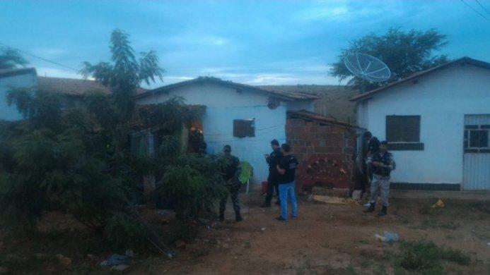 TRAFICO-CARIRI-693x390 Polícia Civil e Militar deflagram operação contra o tráfico no Cariri