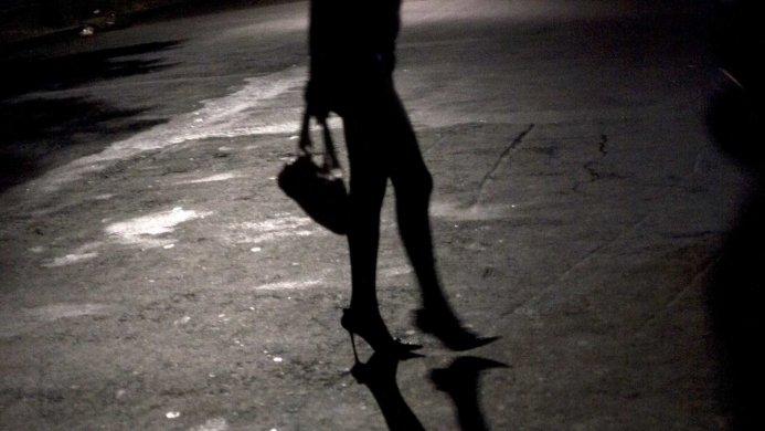 aprostiuião-infantil-693x390 Mãe é presa suspeita de prostituir a filha de dez anos por R$ 20, em JP