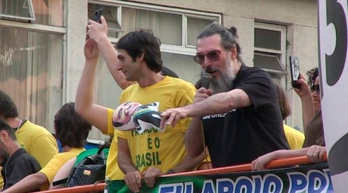 """lobao2-700x390 Lobão diz que governo Bolsonaro é """"um desastre"""""""