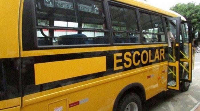 onibussss-700x390 São João do Tigre assina convênio de transporte escolar com o Governo do Estado