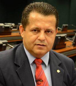 unnamed Relator emite parecer favorável para unificação de eleições e alongamento de mandatos