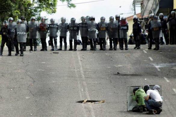 venezuela-crise-585x390 5 pontos para entender a crise na Venezuela