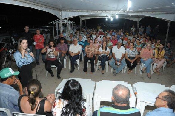 004-586x390 Prefeitura de Monteiro atende mais de 80% das demandas solicitadas no 'Dialogando Com o Povo'