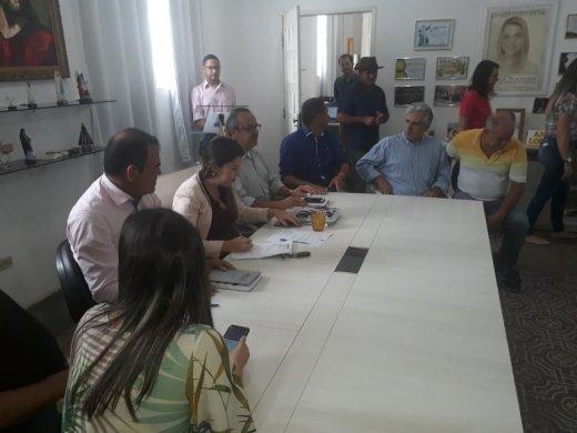 AZ-520x390 Vereadores participam da posse do novo secretário de infraestrutura Juraci Conrado