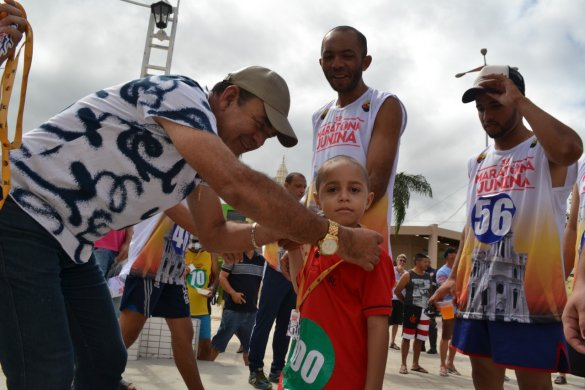 IMG-20190616-WA0404-585x390 Vice prefeito Celecileno representa governo municipal na 3ª Maratona Junina