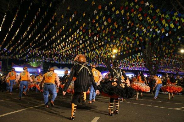 QUADRILHA-585x390 Brasília vai sediar campeonato de quadrilhas juninas
