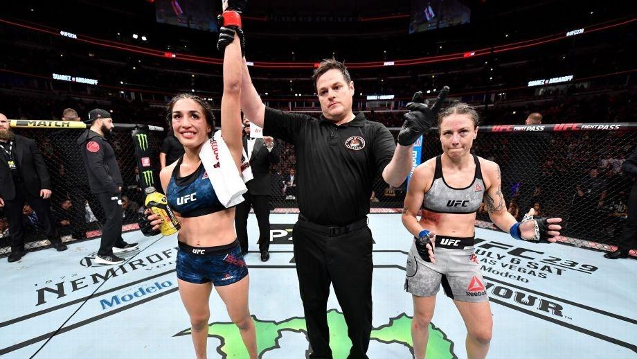 Tatiana-Suarez-693x390 Noiva de Amanda Nunes, Nina Ansaroff perde em card preliminar no UFC 238