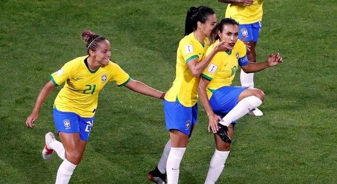 brasil-feminno Brasil vence a Itália e avança às oitavas da Copa