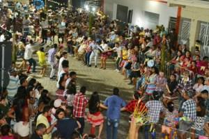 s1 Festival de Quadrilhas abre oficialmente programação do São João de Monteiro