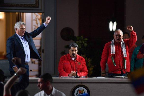 15644578075d3fbb4febc87_1564457807_3x2_rt-585x390 Esquerda latino-americana revê apoio a regime de Maduro na Venezuela
