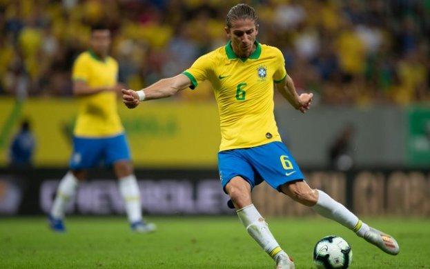 5f1dzt6vsii91m3rv9igjvg23-623x390 Flamengo se acerta com Filipe Luis e aguarda apenas documentos por anúncio