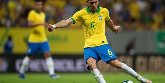 Flamengo se acerta com Filipe Luis e aguarda apenas documentos por anúncio