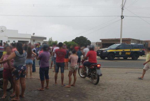 IMG-20190720-WA0021-696x472-575x390 Ciclista morre após ser atropelado por carro no Sertão