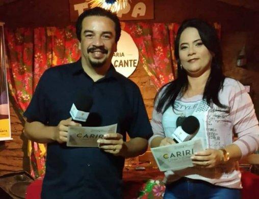 WhatsApp-Image-2019-07-09-at-08.52.26-508x390 Poetas dividem apresentação de programa cultural no Cariri