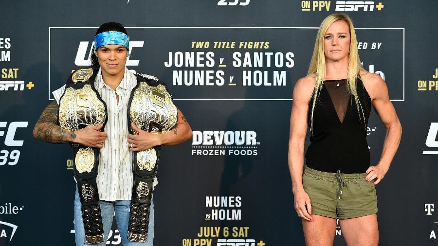 amanda-nunes-1-694x390 Amanda Nunes prevê luta dura por título contra Holly neste sábado(06)