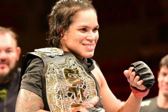 amanda-nunes-585x390 Amanda Nunes brilha e leva três prêmios no Oscar do MMA