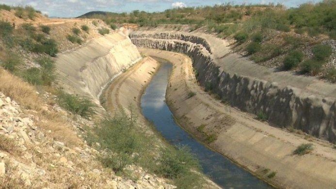 canal-transposicao-monteiro-693x390 Canal da transposição do Rio São Francisco em Monteiro está sem receber águas há quase 5 meses-