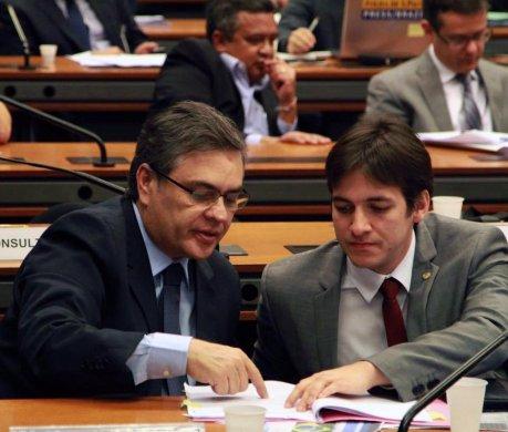 cassio-e-pedro-cunha-lima-2-459x390 PSDB avalia possibilidade de candidatura própria em Campina