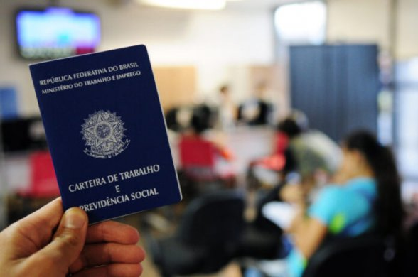 emregos-588x390 Empresas abrem 337 vagas de emprego em João Pessoa