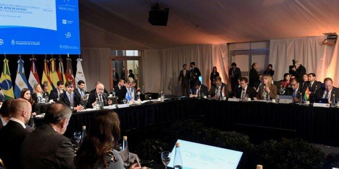 Em clima de renovação, Cúpula do Mercosul começa na Argentina