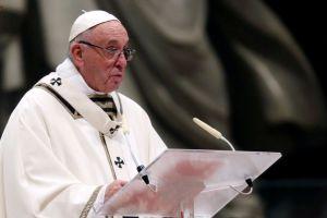 reuters-max_rossi Papa: migrantes são símbolos dos descartados
