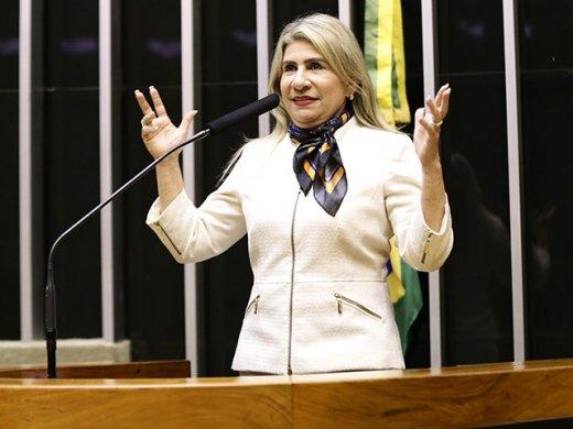 204421-1-520x390 Gabinete da deputada federal Edna Henrique gasta quase 150 mil reais com salários de assessores