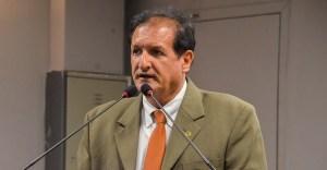 """Socialista vê divórcio entre João e Ricardo: """"A amizade diluiu"""""""