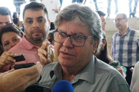 joao_azevedo_walla_santos-584x390 Bolsonaro cancelou R$ 130 milhões de recursos para obras de barragem e Porto de Cabedelo
