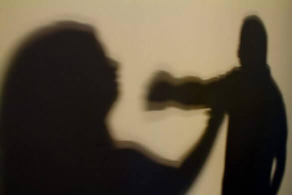 mulheres-585x390 Serviço vai monitorar segurança de mulheres vítimas de violência
