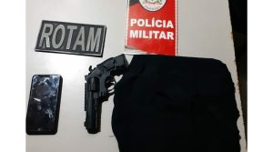 003-43 Polícia prende casal suspeito de praticar assalto em Monteiro