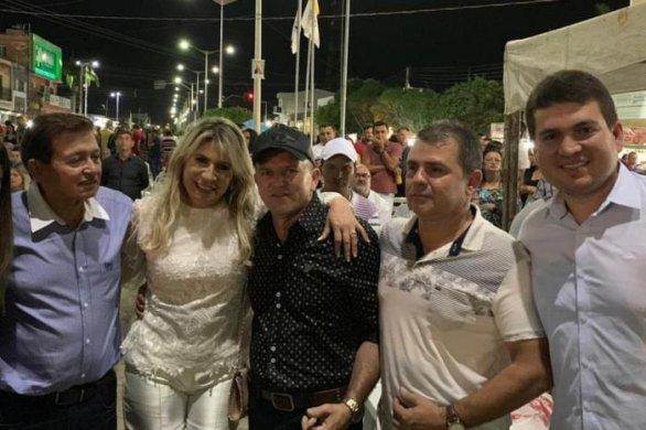 003-9-586x390 Candidato a prefeito de Monteiro pela oposição terá que ter DNA 100% da família Henrique