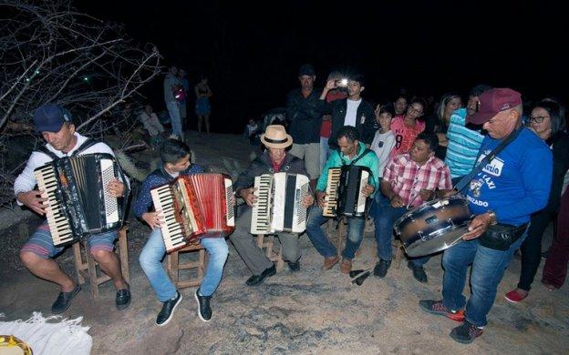 281cd818-9d78-4e4f-87e6-a0ad7f83d967-624x390 Som nas Pedras: Circuito reúne jovens e músicos antigos em Matureia