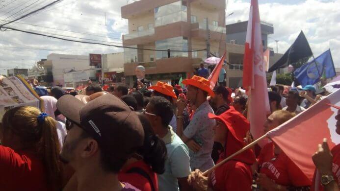 """600d8aff-f03c-4518-a1c5-547c17299954-693x390 Poucas pessoas comparecem ao ato do """"SOS Transposição"""" em Monteiro"""