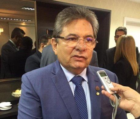 aaa-4-696x593-458x390 Galdino detalha racha, vai deixar PSB e critica RC: 'culpa dele'