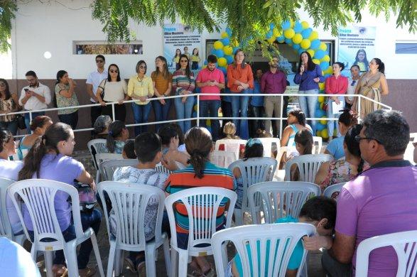 alunos-da-rede-municipal-de-ensino-recebem-atendimento-oftalmologico-em-monteiro-4-587x390 Alunos da rede municipal de ensino recebem atendimento Oftalmológico em Monteiro
