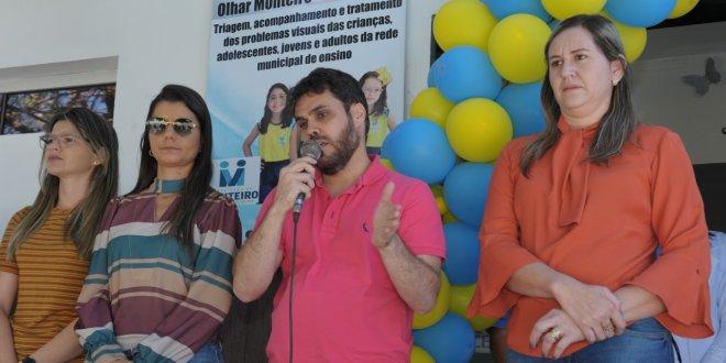 Alunos da rede municipal de ensino recebem atendimento Oftalmológico em Monteiro