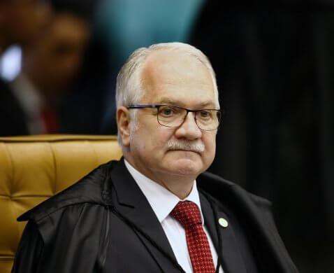 fachin-nova-maio-478x390 Fachin vê 'relevância jurídica' e pede parecer da PGR em ação de Lula que visa anular condenações