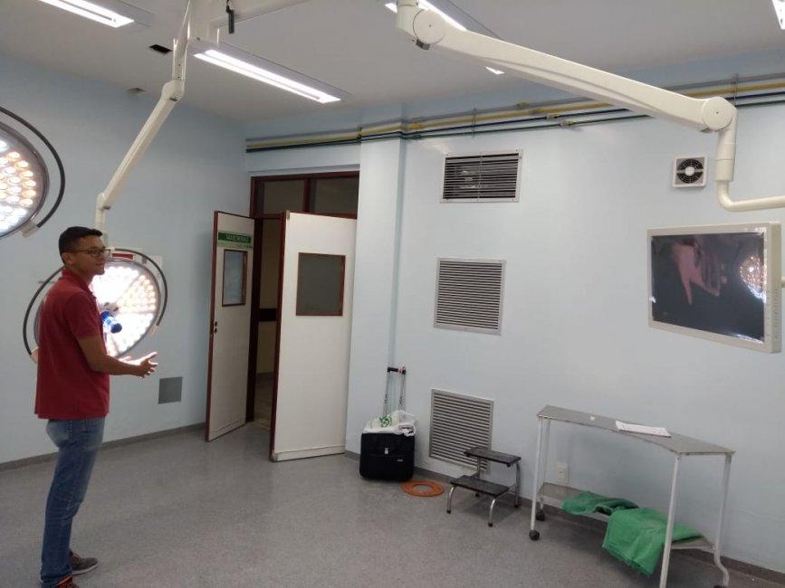 pleito-da-prefeita-de-monteiro-e-atendido-e-foco-cirurgico-e-instalado-no-hospital-regional-4-867x650 Pleito da prefeita de Monteiro é atendido, e foco cirúrgico é instalado no Hospital