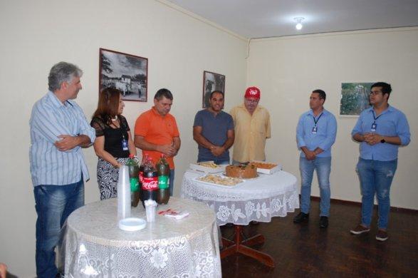 71869730_1486608121480129_8895557120389283840_n-587x390 Presidente da Câmara parabeniza todos os servidores públicos de Monteiro