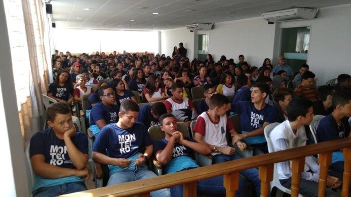 72845913_162181671554990_2224997113224232960_n-693x390 Câmara de Monteiro recebe alunos da rede municipal que se preparam para fazer a prova do SAEB