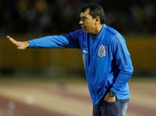 CORINTHIANS-521x390 Corinthians vence a Chape fora de casa e empata em pontos com o Santos na terceira posição