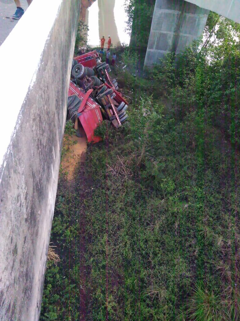 IMG-20191006-WA0026 Monteirense cai de ponte com Carreta em São Luís no Maranhão