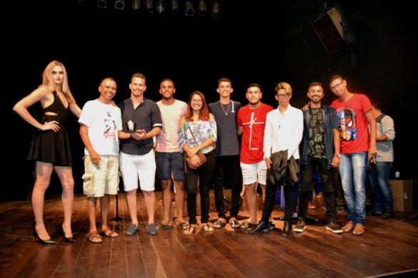 IX-Mostra-de-Teatro-e-Dança-do-Cariri-deixa-saudades-14-585x390 IX Mostra de Teatro e Dança do Cariri emociona e deixa saudades em Monteiro