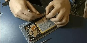 conserto Nobel de Química é de 3 cientistas que criaram bateria para celular