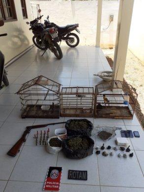 dd0c67fc-8a3b-47b6-a478-5e3d8a15b164-293x390 Homem é preso por tráfico de drogas e animais silvestres em Monteiro