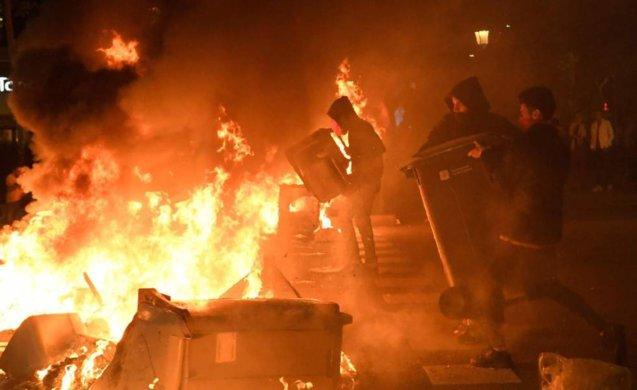 protesto-637x390 Protestos em Barcelona ampliam crise do separatismo catalão após condenação de líderes