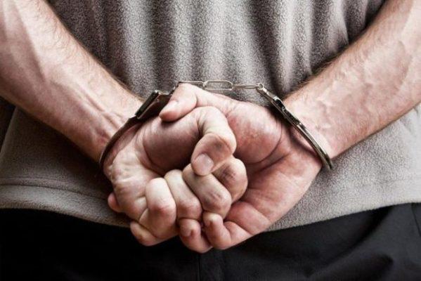 HOMEM-PRESO-599x400 Homem é preso suspeito de esfaquear namorada que dormiu e não abriu porta de casa