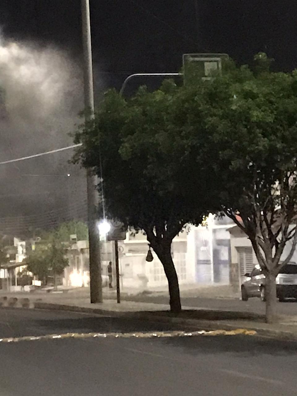 IMG-20191118-WA0316 Fumaça dentro de agência da Caixa assusta população em Monteiro