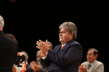 JOÃO João Azevêdo no PDT: causa e efeitos na Paraiba e no Brasil