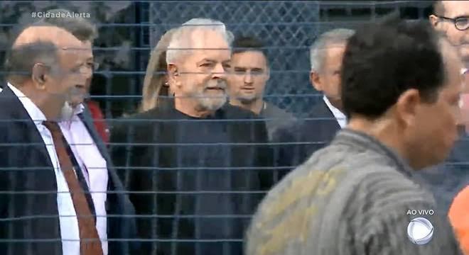 LULA-DEIXA-PRISAO Lula deixa a prisão na PF em Curitiba